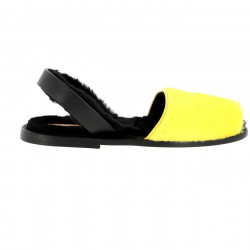 Avarca Sheepskin Alaska Yellow/Leather sole