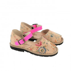Frailera Buckle Camel Flowered Leather