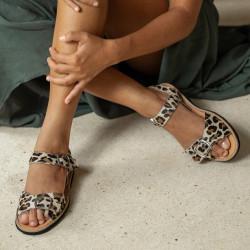 Avarca Buckle Leather Leopard