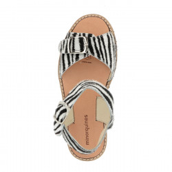 Avarca Buckle Leather Zebra